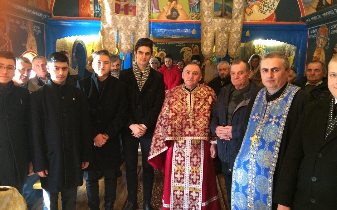 Elevi seminariști în Parohia Moldovenești